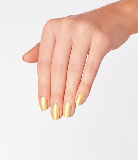 opi-suzis-slinging-mezcal-manicure