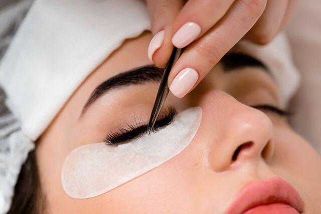 eyelash-extensions-beauty-beautyworld